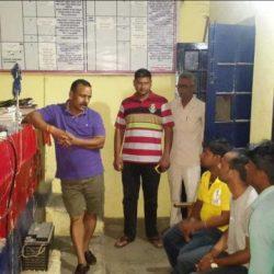 मनकापुर कोतवाली में डीएम ने मारा छापा